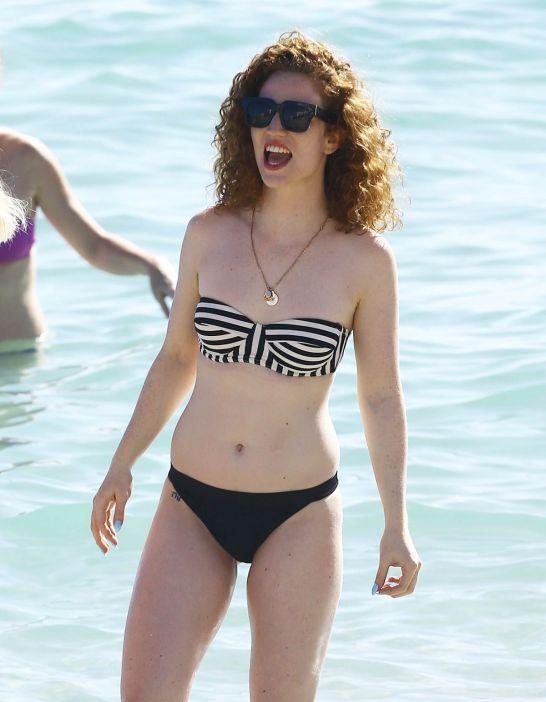 jess-glynne-in-bikini-on-the-beach-in-miami-01