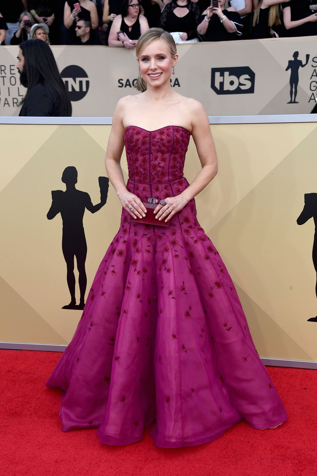 pink flower stitching dress kristen bell j.mendel SAG Awards 2018